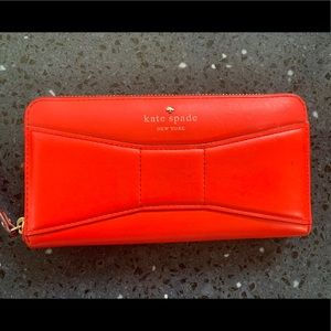Kate spade 2 park avenue bow Lacey maraschino red